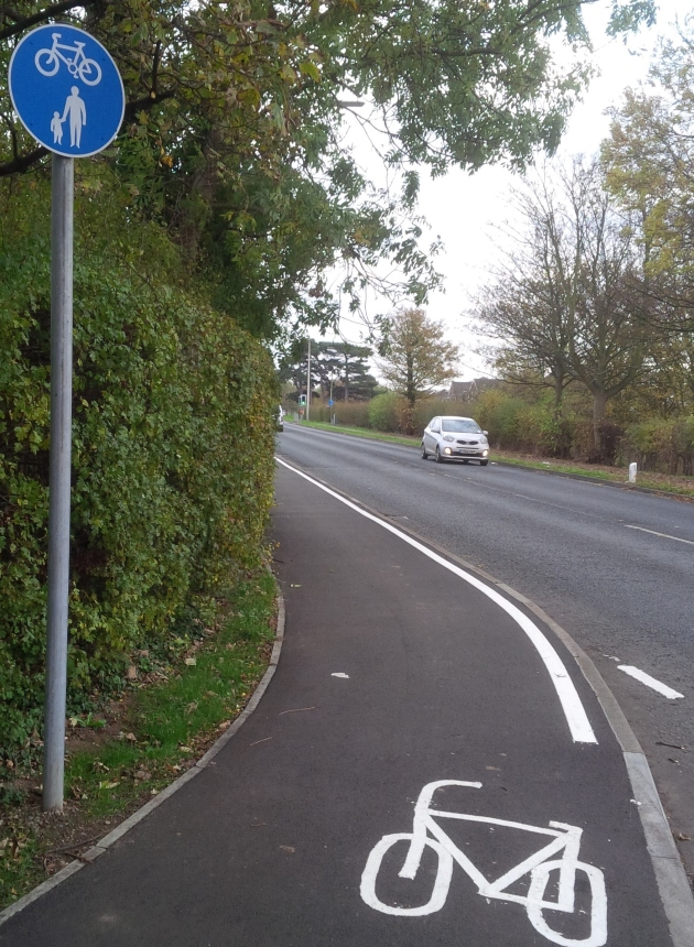 The shared pedestrian / cycle path in Great Coates, Grimsby.